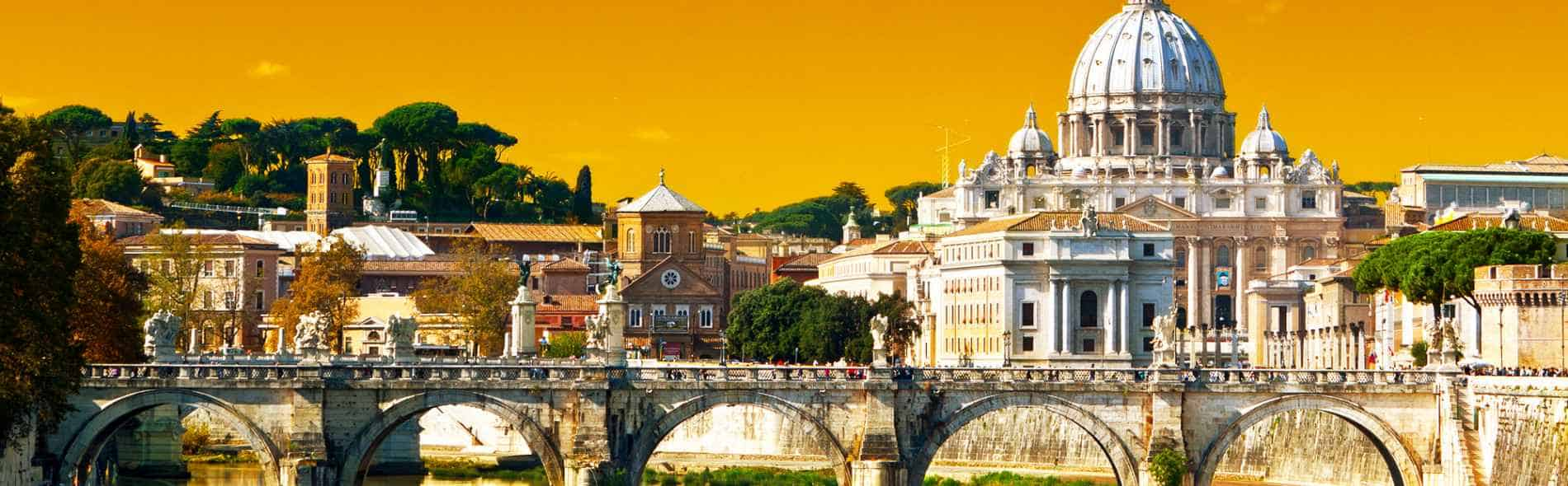 booking of professional tour guide in Rome.